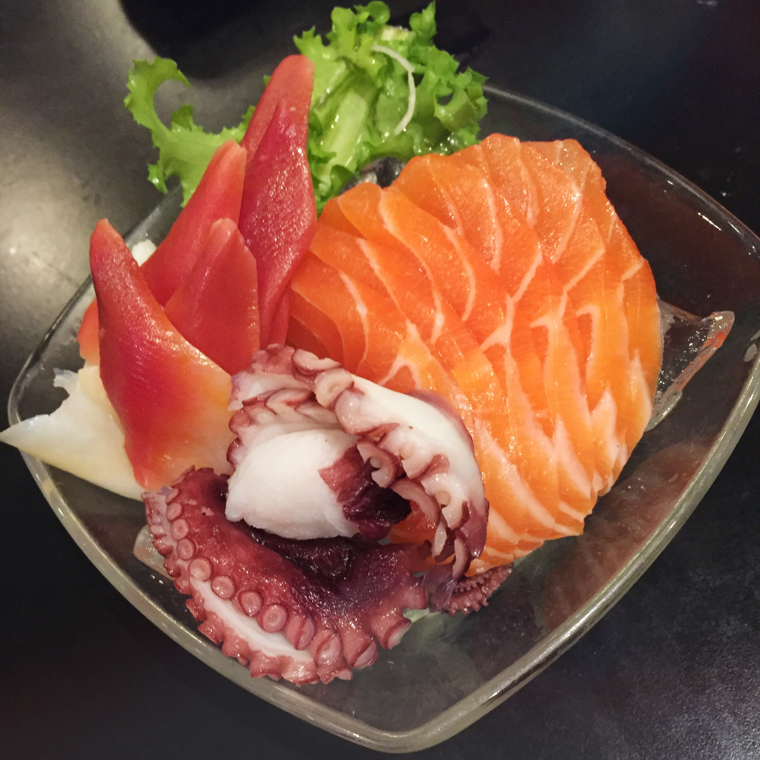Uoshiki - Salmon, Surf Clam and Octopus Sashimi - HELLOTERI