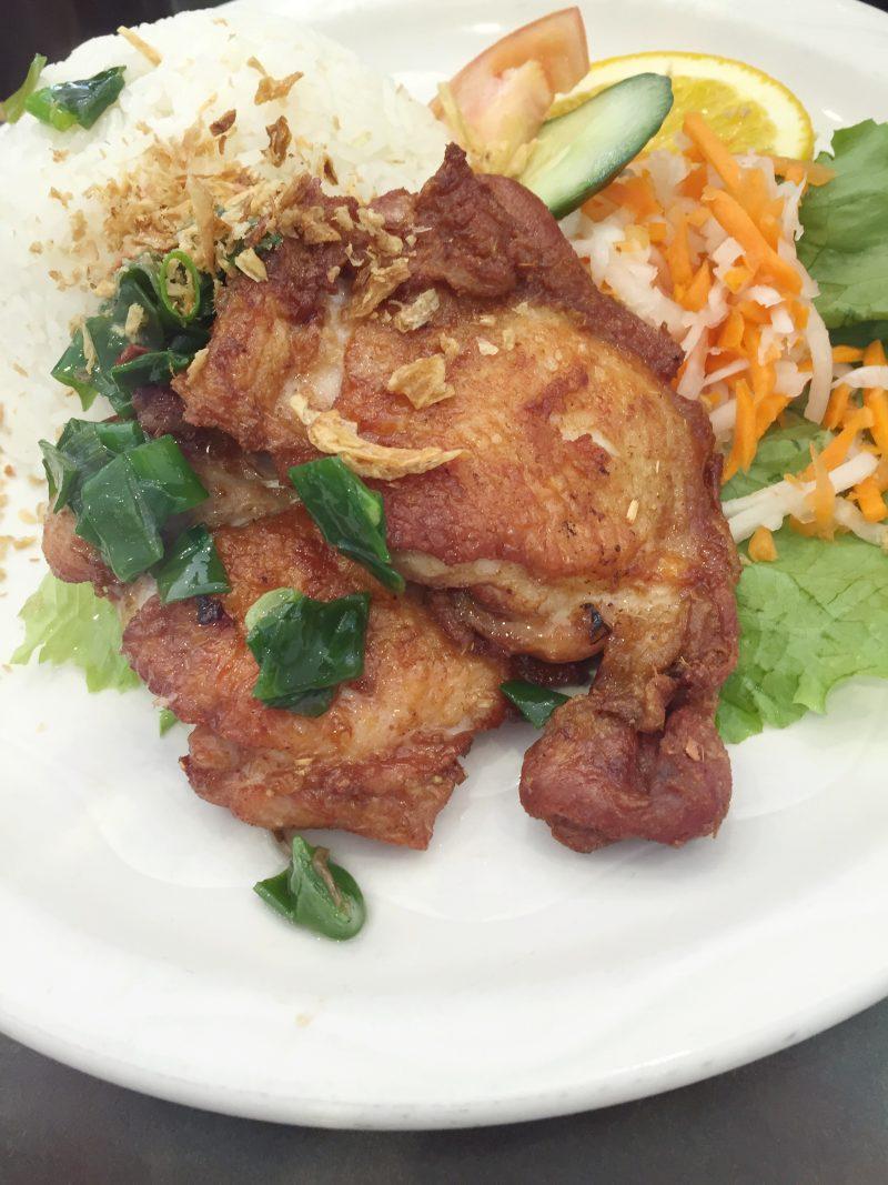 Vietnam Noodle Star - DeepFried Chicken Fillet on Rice - HELLOTERI