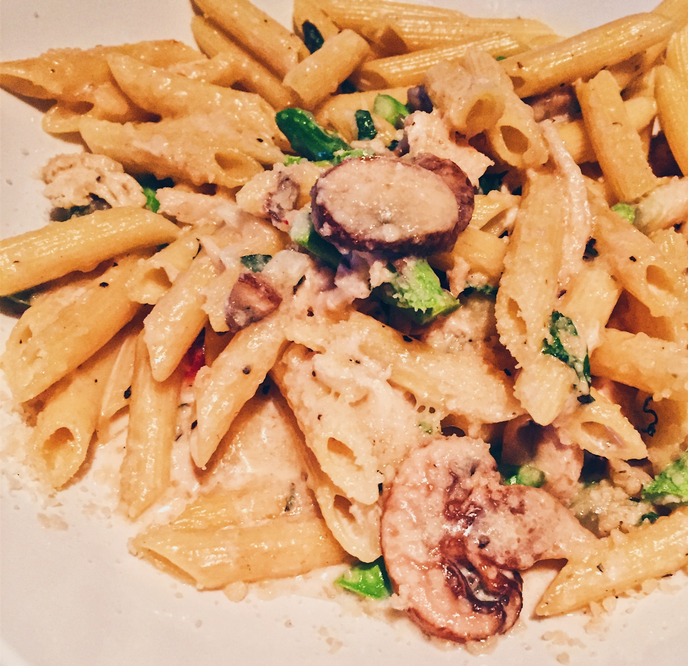 Los Angeles, USA - Yard House - Chicken Penne - helloteri
